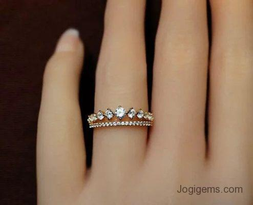 Diamond ring for queen