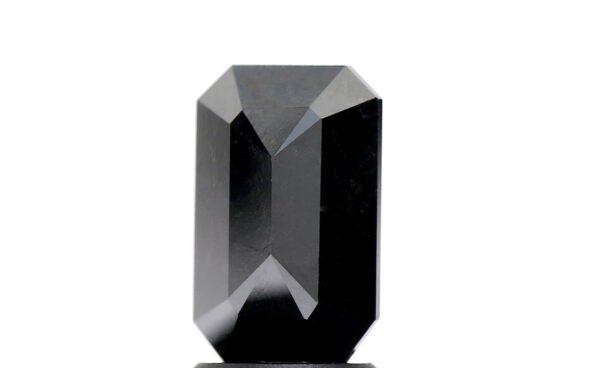 black diamond emerald back facets
