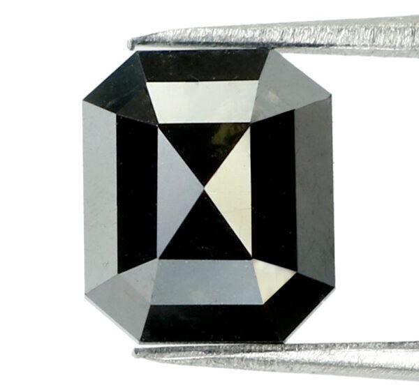 black diamond emerald shape