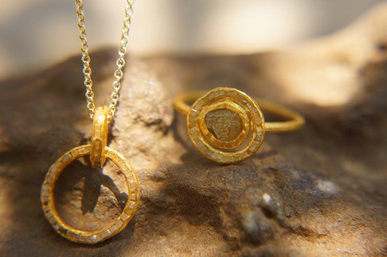 top 10 rough diamond jewelry pieces