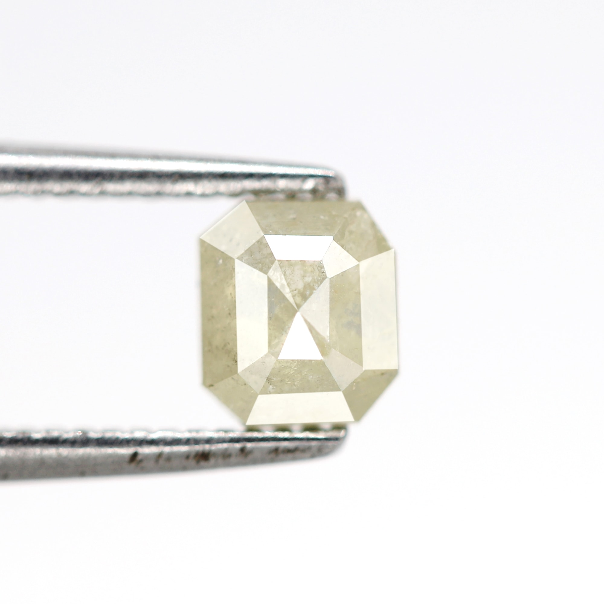 good quality faceted loose diamond for pendant,ring jewelry 1.41 Ct 6.4 X 5.8 MM Natural red color Emerald cut salt and pepper diamond