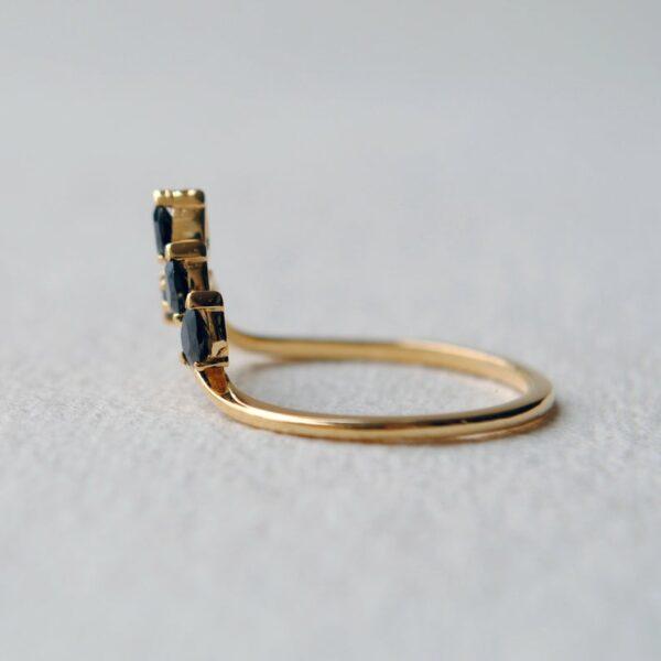 black diamond leaf ring 14K yellow gold
