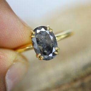oval cut salt and pepper diamond