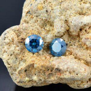 blue diamonds pair