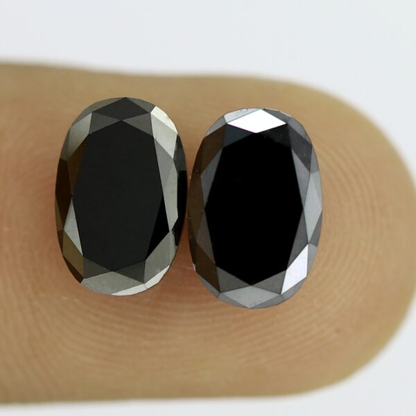 Oval shape black diamond pair