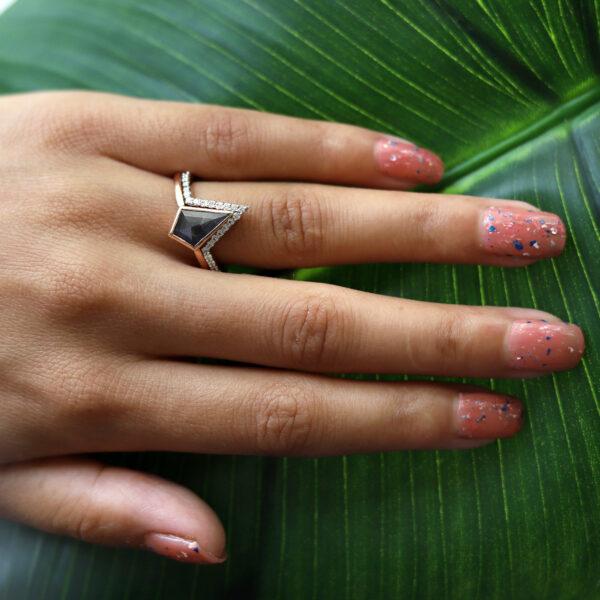 salt and pepper kite diamond ring on finger